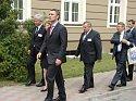 Powrót premiera Jensa Stoltenberga na salę sesyjną