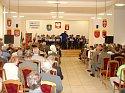 Występ Powiatowej Orkiestry Dętej na sali sesyjnej